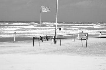 Storm aan zee in Noordwijk van Photologic Fotografie