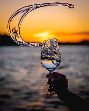 Sonnenuntergang im Glas von Jeffrey van Roon