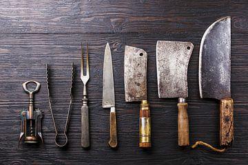 12415312  Vintage slagersmessen op houten achtergrond van BeeldigBeeld Food & Lifestyle