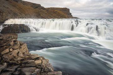 Gulfoss Waterval IJsland van Samantha Schoenmakers