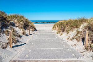 Toegang tot het strand aan de Oostzeekust in Wustrow op de Fischland-Darß