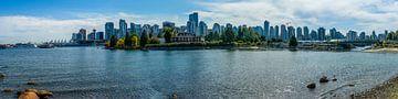 Panorama van Vancouver uit Stanley Park van Hans-Heinrich Runge