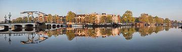 Panorama der Kanalhäuser und der Mageren Brücke entlang der Amstel von Frans Lemmens