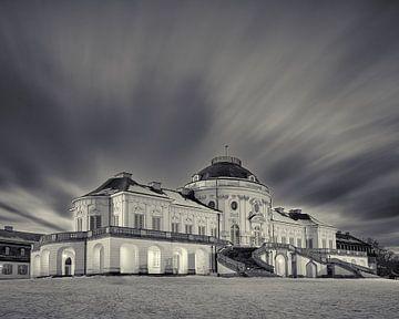 Wolkenschlieren über Schloss Solitude im Winter von Keith Wilson Photography
