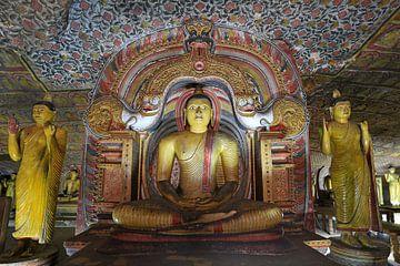 Boedhha in de gouden rotstempel van Dambulla von Antwan Janssen