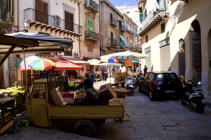 Mercato del Capo, Via Porta Carini, Palermo von Sven Zoeteman