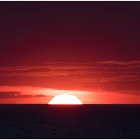 De rode zonsondergang van Hetwie van der Putten