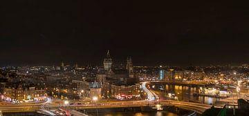 Einbruch der Nacht über Amsterdam von Peter Bartelings Photography