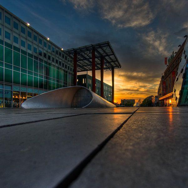 Piazza Eindhoven, 18 september plein bij zonsopkomst