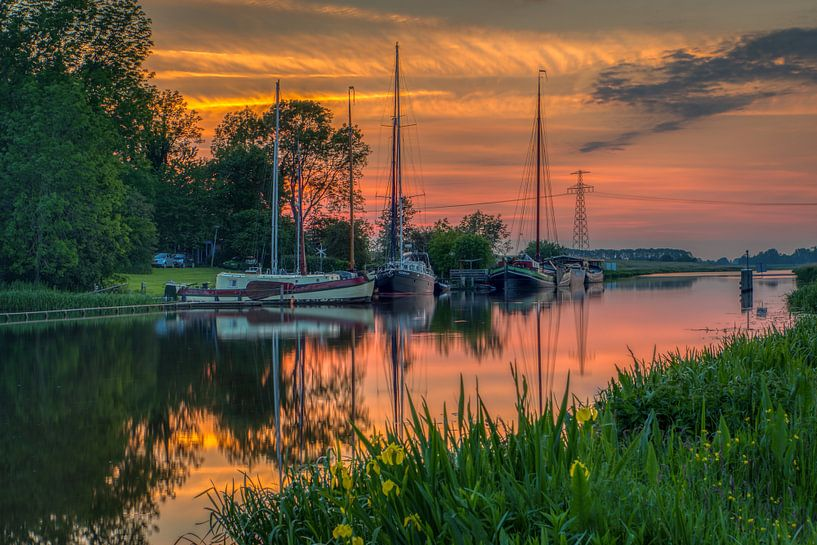 Sonnenuntergang in Garnwerd von Wil de Boer