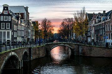 Sunset Amsterdam canals von Erwin van den Berg