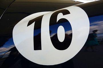 Racing No.16 van Theodor Decker