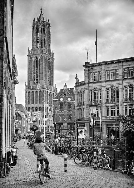 Domtoren met fietser - Utrecht. Vertikaal panorama van Joris Louwes