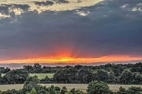 Zonsondergang, midden-Frankrijk van