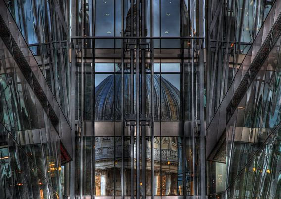 St Paul's in the mirror