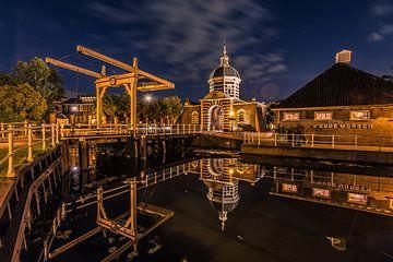 De Morspoort in Leiden tijdens de nacht van Martijn Kruit