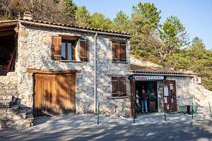 Straatbeeld in de Provence in Frankrijk