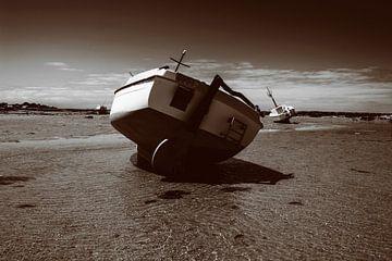 Boot op het strand van Youri Mahieu