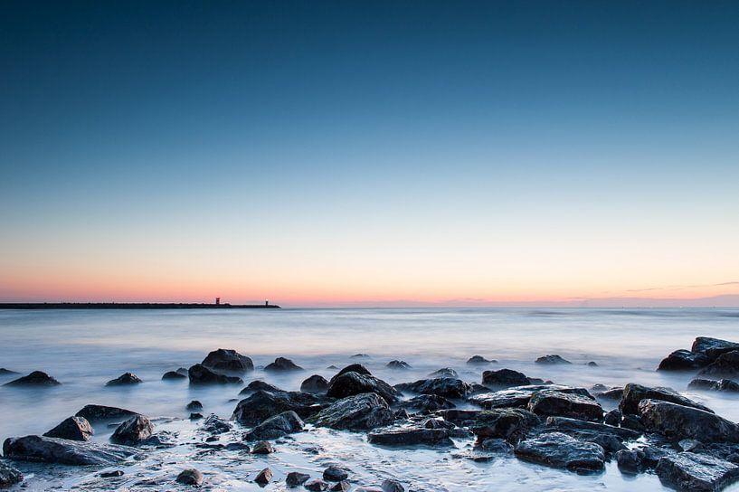 Scheveningen beach - 3 van Damien Franscoise