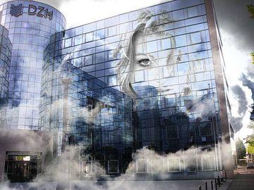 Office in the clouds van Abra van Vossen
