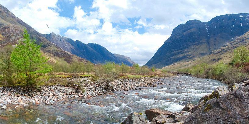 River Coe at Glencoe van Peter Schoo