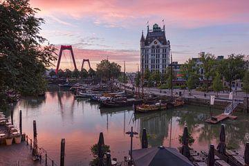 Witte Huis bij de Oude Haven in Rotterdam van Charlene van Koesveld