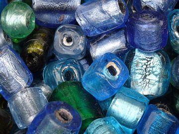 Blue beads von Ton van Buuren