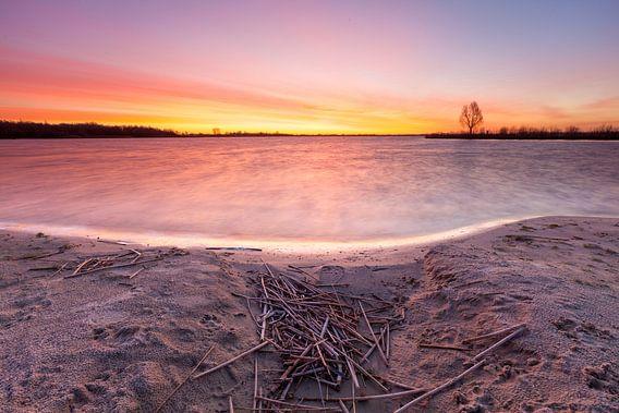 Zonsopkomst aan het Zuidlaardermeer van Ron Buist