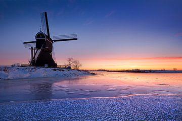 Warm licht op een koude wintermorgen bij de molen van Halma Fotografie