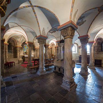 Crypte 2 van Ernst van Loon