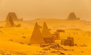 Sandsturm in der Wüste von Paul de Roos