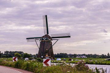 Niederländische Windmühlen von Brian Morgan