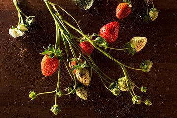 Aardbeien sur Igor Sens