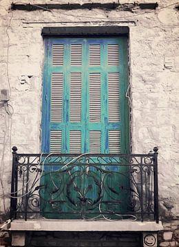 Plaka-Old Window-2 von Pia Schneider