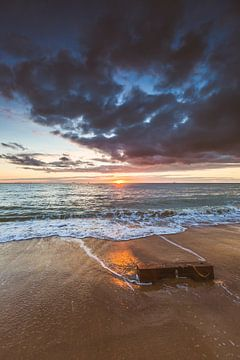 Strand zonsondergang 2 van Andy Troy