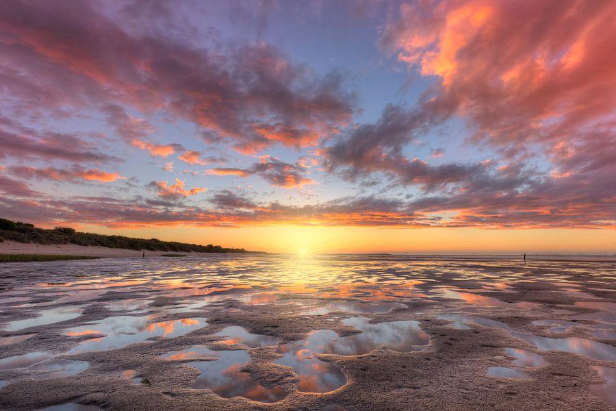 Zonsondergang in natuurgebied De Kwade Hoek