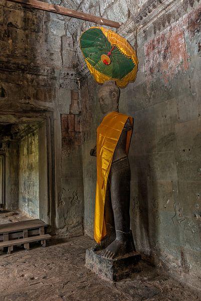 Vishnu Angkor Wat tempel van Richard van der Woude