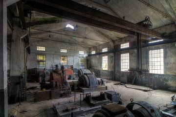 De oude machines sur Truus Nijland