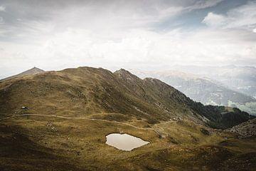 Kleiner Bergsee auf über 2000m Höhe von WILD AMBASSADORS