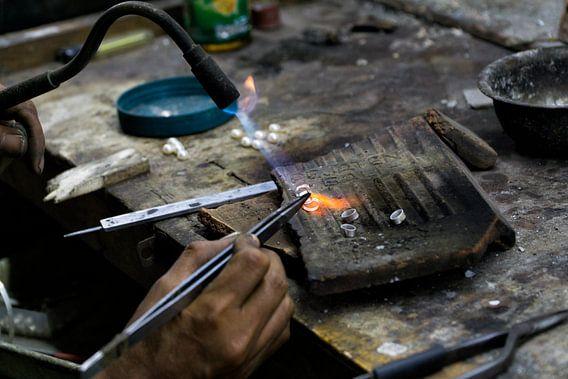 Working Hands: de zilversmid van Brenda Reimers