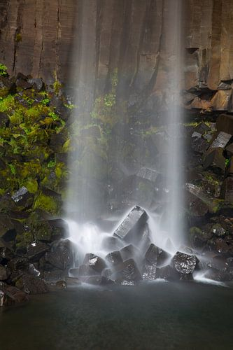 Svartifoss waterval IJsland van Menno Schaefer
