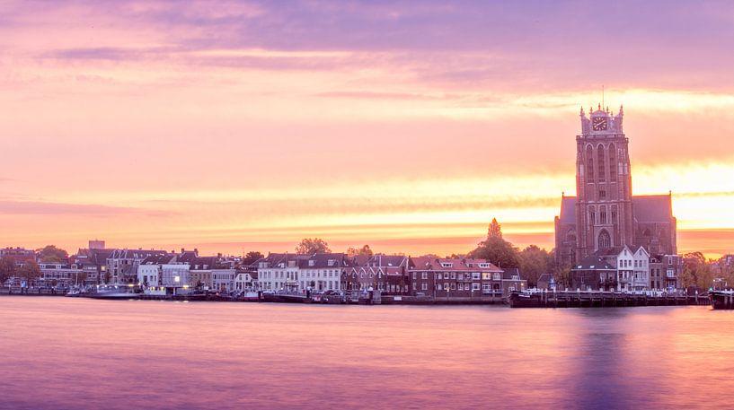 Dordrecht zon's opkomst  van Sonia Alhambra Mosquera