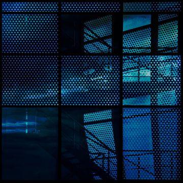 Gebouw in blauw (3) von Rob van der Pijll