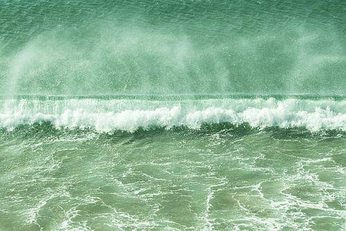 breaking wave sur