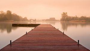 Anlegestelle im Nebel von Alvin Aarnoutse
