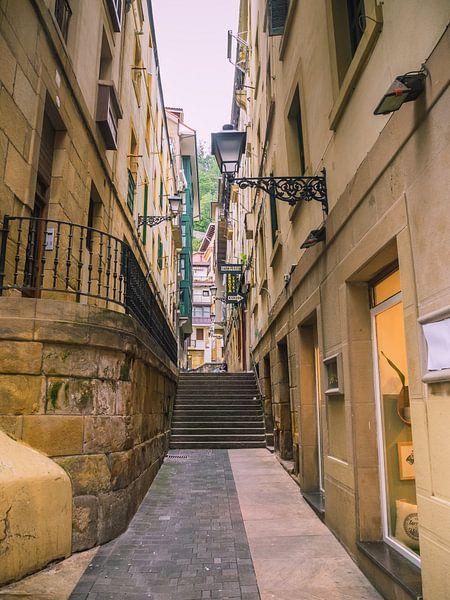 Straße in Irun, Spanien von Martijn Tilroe