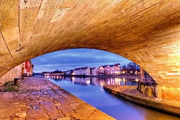 Brückenbogen Regensburg von Roith Fotografie