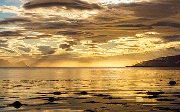Middernachtzon IJsland van Jeroen Kleiberg