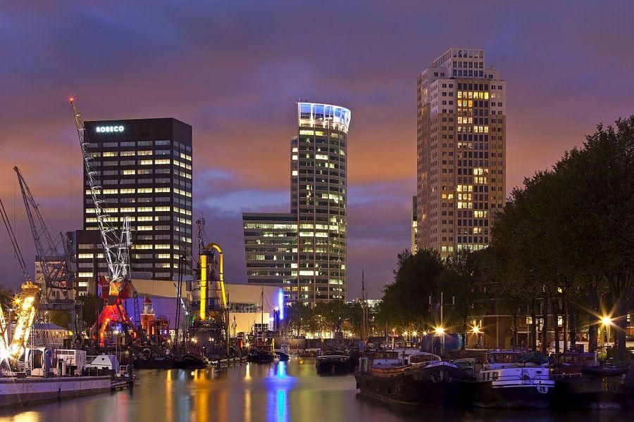 Nachtfoto Leuvehaven te Rotterdam