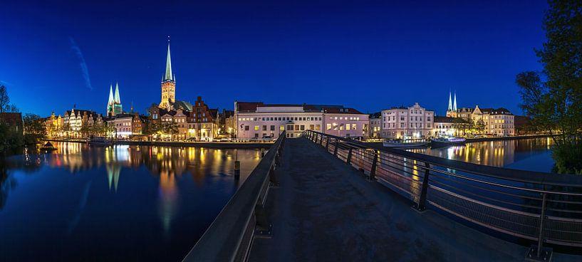 Lübeck Skyline sur Frank Herrmann